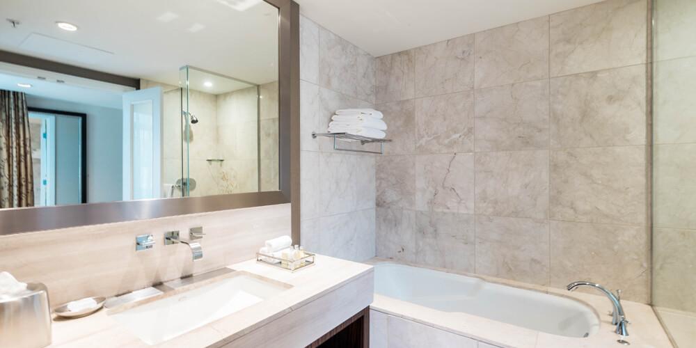 L'hermitage Hotel Room Bathroom