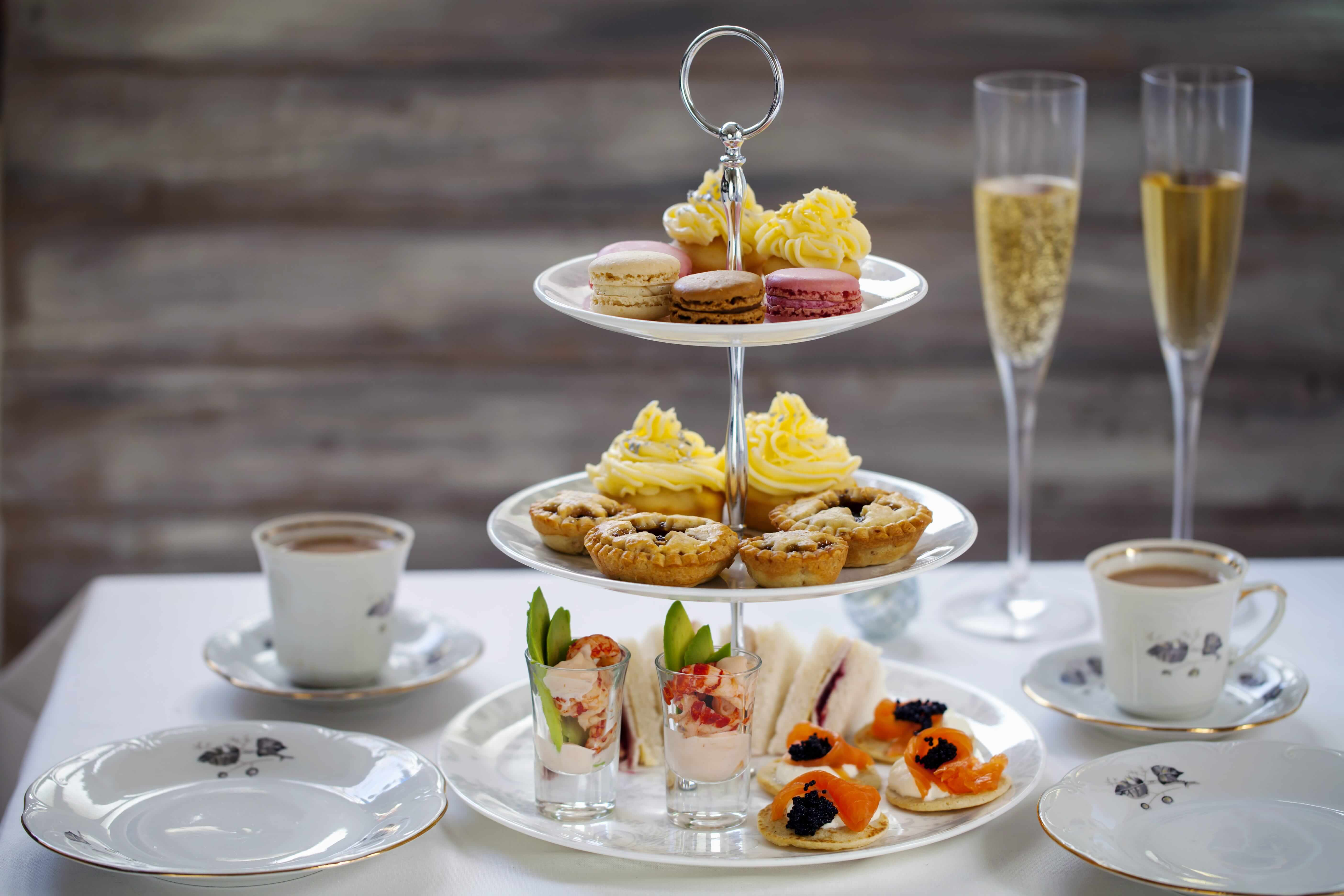 L'Hermitage Vancouver HIGH TEA-min